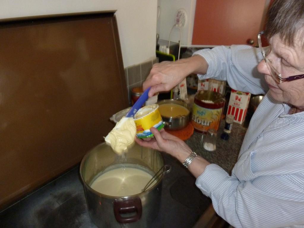 Kerstin kokar messmörssås